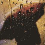 Silueta sa kišobranom